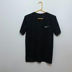Nike / Dri-Fit t-shirt